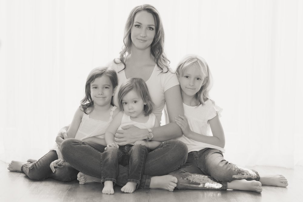 Family photoshoot mother and daughters