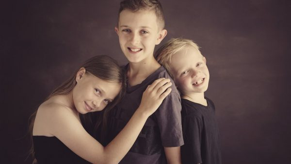 Schubel family portraits featured